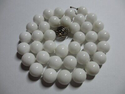 STUNNING AUTH TIFFANY & CO 10MM WHITE DOLOMITE BEAD NECKLACE W/STERLING CLASP-NR