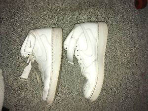 Men's airforce ones size 10.5