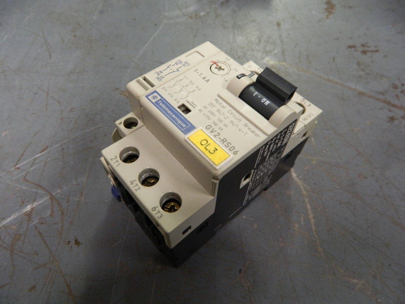 Telemecanique Motor Circuit Breaker, GV2-RS06, 1.0-1.6A, W/ GV2-AN11, Used