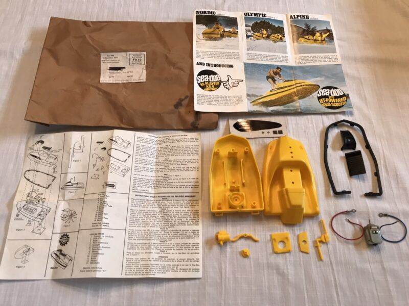 "Kellogg's:  ""Sea-Doo"" Motorized Model Kit  Complete w/papers/mailer/decals  1967"