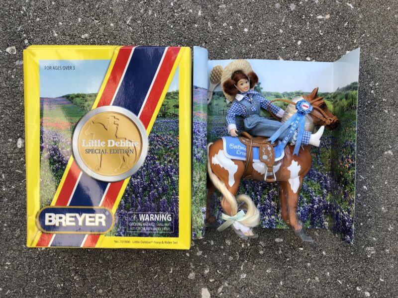 New NIB Breyer Horse #701806 Little Debbie Pinto Pal Oatmeal Creme Set Ponies