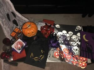 HALLOWEEN STUFF - ALL FOR $25