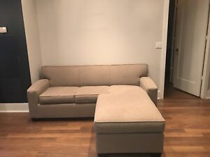 Modern Queen size sofa bed: Excellent Condition