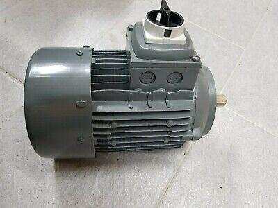 IEC080 B14 2P (3.000U/min.) 1,1kW 3 x 230/400V Drehstrommotor mit Hauptschalter