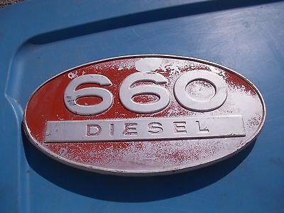 Farmall Ih 660 D Diesel Tractor Original Front Hood Side Panel Oval Emblem Rarer