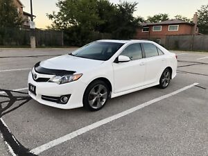 2014 TOYOTA CAMRY SE!! NAV!! BACKUP CAM!! NO ACCIDENTS!!