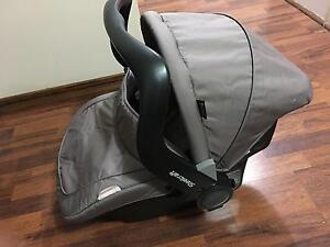 Steercraft infant carrier capsule Wynn Vale Tea Tree Gully Area Preview