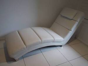 White Leather Chaise Lounge South Hurstville Kogarah Area Preview