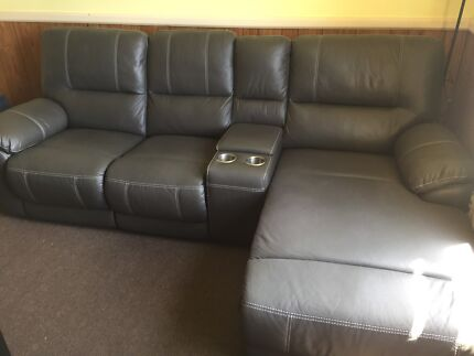 Full Recliner Lounge Suite