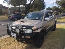 2005 Toyota Hilux SR5 turbo diesel 4x4 lots of extra Coolaroo Hume Area Preview