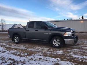 2013 Ram 1500 with 2 sets of wheels