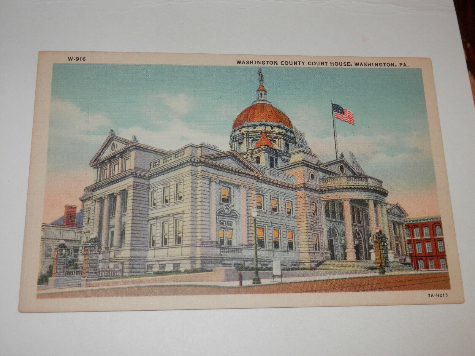 WASHINGTON PA - 1930-1950 ERA POSTCARD - COURT HOUSE