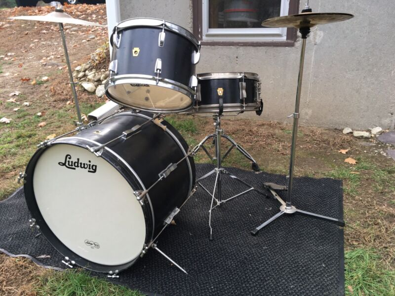 1960's Ludwig Beginner's 3 Piece Drum Kit In Pretty Good Condition