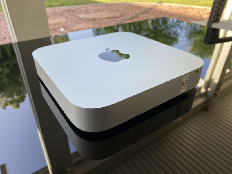 Open Box!! Apple Mac Mini Desktop Dual Core i7 3.0GHz 16 Memory 512 M.2 NVMe SSD