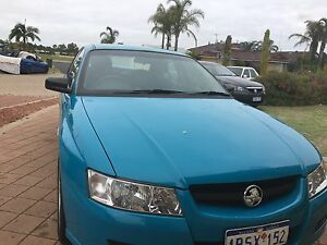 VZ HOLDEN COMMODORE EXECUTIVE 2004 Eaton Dardanup Area Preview
