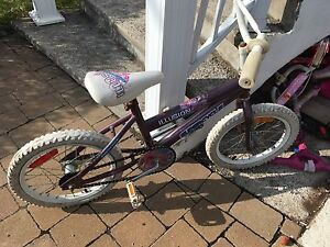 Recherche de vélo pour enfant pour 10$ (+ ou -)