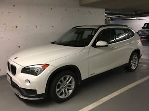 2015 BMW X1- LOW KM and TONS of EXTRAS