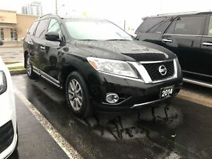 2014 Nissan Pathfinder SL, No Accidents, Heated Seats, Camera
