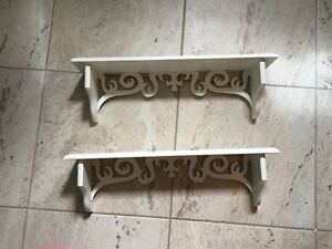 Brand New Wall Shelves  x 2 Tablettes Murales Neuf!