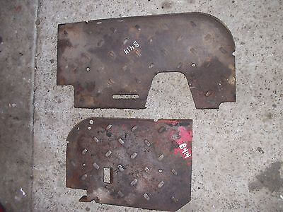 International B414 D Tractor Pairset Of Side Foot Rest Step Panel Panels
