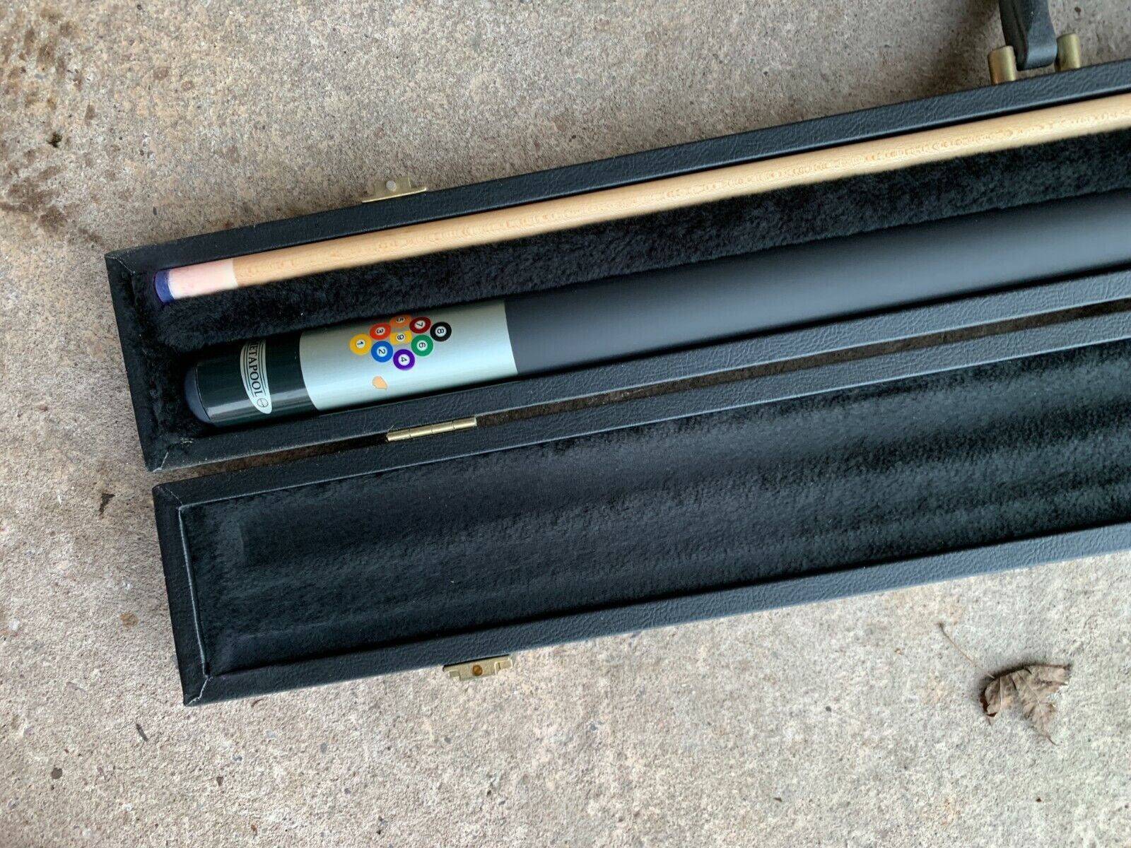 Cue Craft - New snooker cue, boxed, used once, excellent condition
