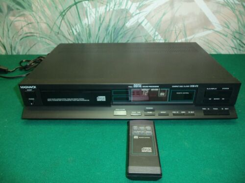 Magnavox Full Digital Sound Processing Compact Disc Player CDB472 w/Remote
