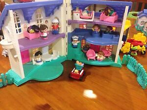 Little people dolls house and furniture Redland Bay Redland Area Preview