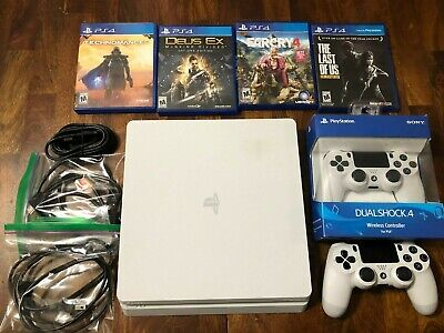 Sony PlayStation 4 1TB Glacier White Console 2 Controlers 4 Games