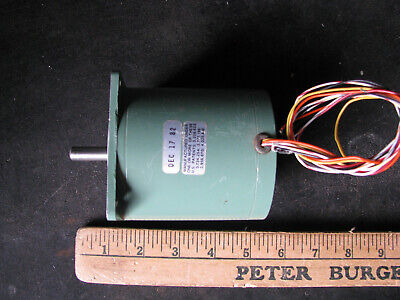 Sigma Stepper Motor 21-3437d-28547 1.8 Step 38 Shaft Nema 34