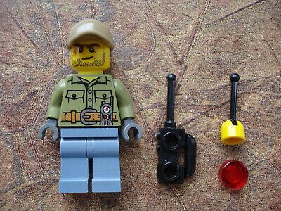 Lego Advent Calendar 2016 City (Day 13) Volcano Worker (CTY0683)
