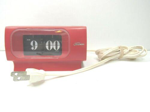 VTG Sunbeam DT4 Red Electric Copal Flip Clock Lighted Dial Japan 70s Retro WORKS