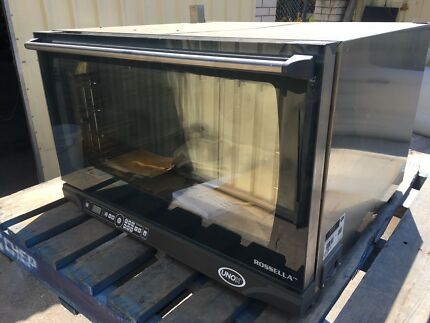 COMMERCIAL OVEN SUIT CAFE Unox XFT195 (Dynamic) Electric Oven