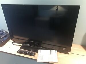 "*Sold PPU - Sony 32"" LCD TV / Android Box / BlueRay Player"