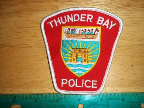 THUNDER BAY POLICE PATCH ONTARIO LAW ENFORCEMENT OFFICER CANADIAN CANADA