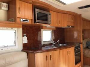 Caravan Roadstar Magnifique great condition/price