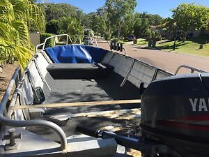 4m tinny with 25 yamaha for sale Noosaville Noosa Area Preview