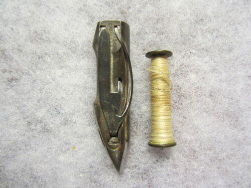 Genuine Singer 127, 128 Sewing Machine Shuttle & Bobbin, 54504, 05