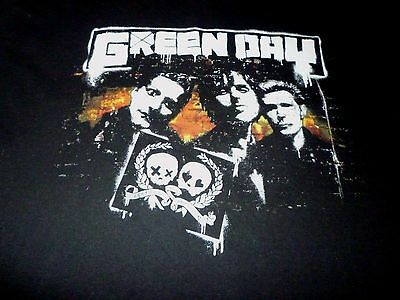 Green Day Tour Shirt ( Used Size XL )  Good Condition!!!