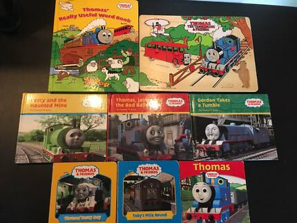 Thomas the Tank Engine set of Books & wooden Puzzle (8 items)