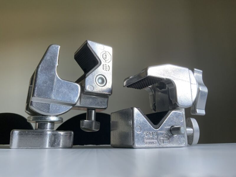 Lot Two (2) Manfrotto Art. 035 Super Clamps in Chrome beautiful....