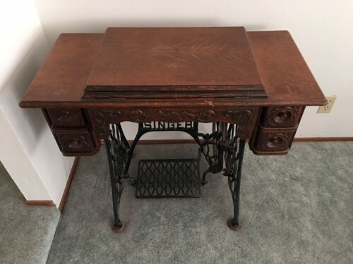 1903 Antique SINGER Sewing Machine Treadle Sphinx Excellent One Family Owned