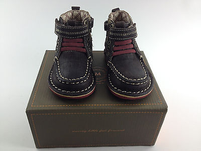 Stride Rite Medallion Maxwell Dark Brown Leather Ankle Boots Shoes 4M Toddler