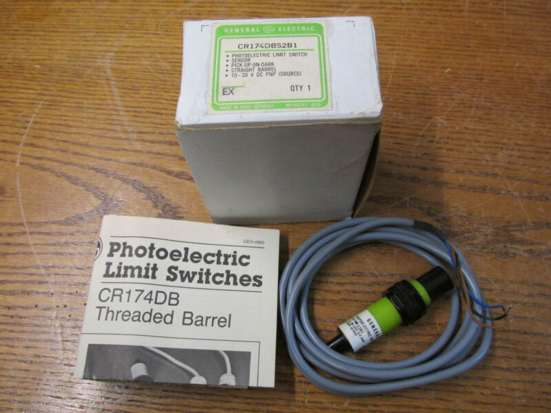 NEW NOS General Electric CR174DBS2B1 Photoelectric Limit Switch Sensor 10-30VDC