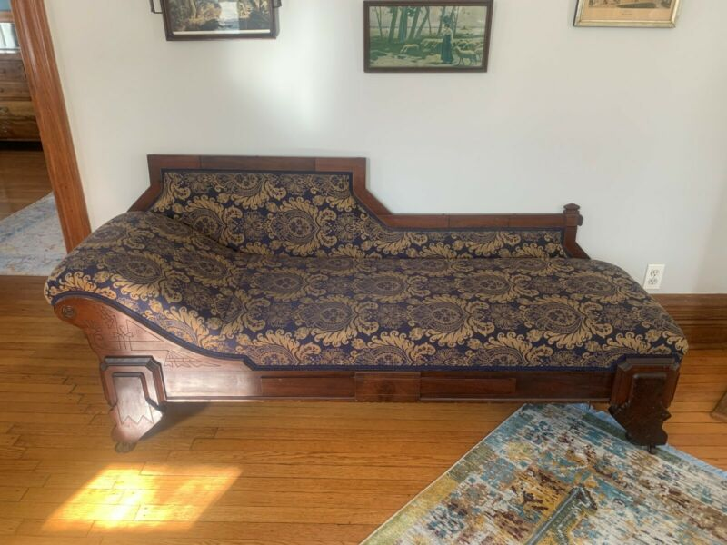 1800s Eastlake Victorian Oak Fainting Couch Antique Furniture Reupholstered