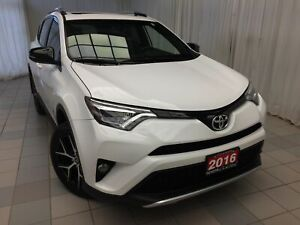 2016 Toyota RAV4 SE Leather Navigation 18'' Alloys