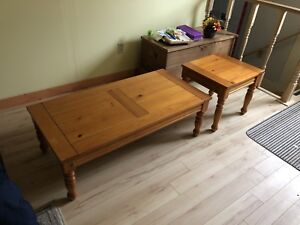 Pine Coffee and end Table