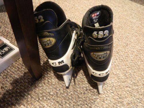 CCM 652 Super Tacks Hockey Skates Men
