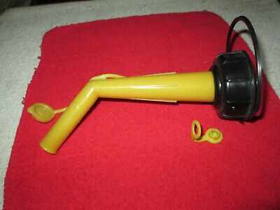 CRAFTSMAN / CHILTON GAS CAN NOZZLE, Vintage  w/ vent cap,  ready to use, Nice
