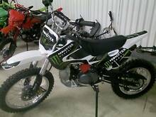 **Adults Manual Dirt Bikes 140cc** Ready to go**Fully Assembled** Cranebrook Penrith Area Preview