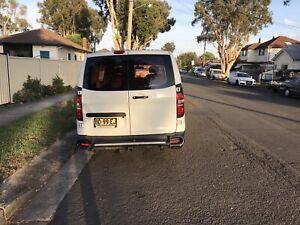 Hyundai I load van